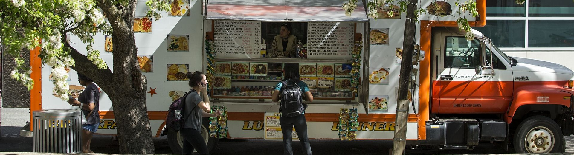 Students congregate around a food truck on Main Campus.